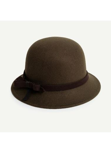 Yargıcı Şapka Haki